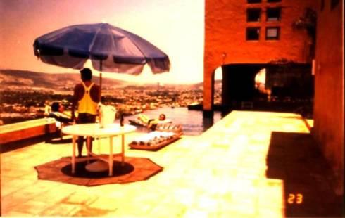 Casa El Pueblito: Casas de estilo moderno por Moya-Arquitectos