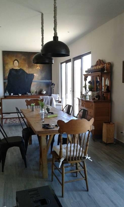 Comedor: Comedor de estilo  por Bianco  Diseño