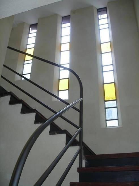 Santiago del Estero 623 - Buenos Aires: Ventanas de estilo  por Arquitecta Mercedes Rillo