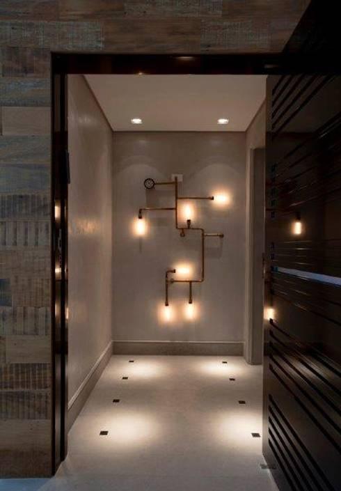 Ap. adaptado - cadeirante: Corredores e halls de entrada  por Marcelo Rosset Arquitetura