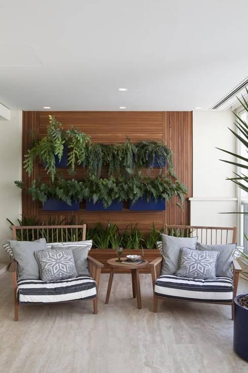 Terrazas de estilo  por Marcelo Rosset Arquitetura