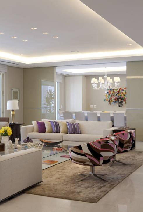 Apartamento Higienópolis 2: Salas de estar modernas por Marcelo Rosset Arquitetura