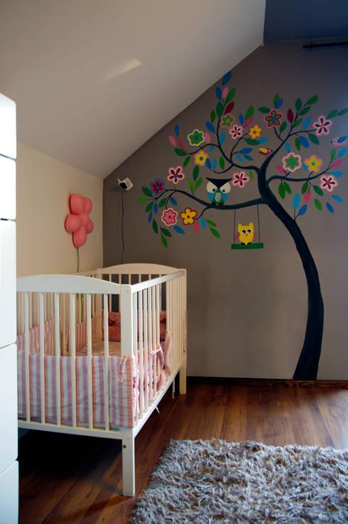 Dormitorios infantiles de estilo moderno de ER DESIGN