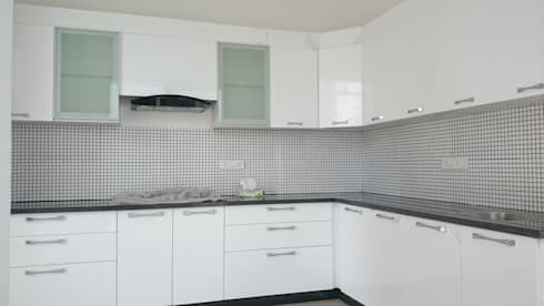 Kitchen With MDF finish: modern Kitchen by Arka Interio