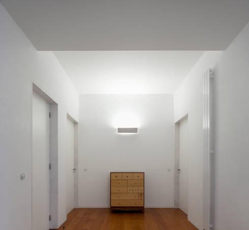 Casa Neto: Jardins de Inverno modernos por Adalberto Dias Arq Lda