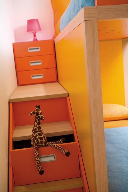 Smart Design For Kids: Containertreppe | Hochbett : Moderne Kinderzimmer  Von MOBIMIO   Räume Für