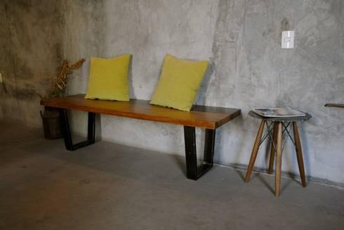 Banca Conte: Salas de estilo moderno por Design + Concept
