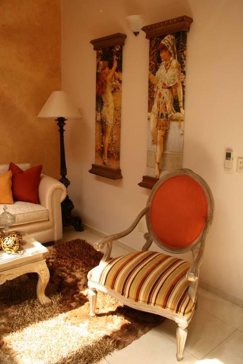Habitaciones : Comedores de estilo moderno por Paola Hernandez Studio Comfort Design