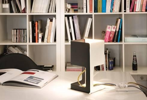 MINIMA Candeeiro de Mesa: Escritório  por 4 home store
