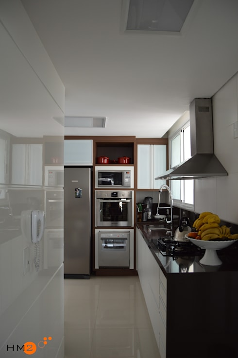 Cocinas de estilo moderno por HM2 arquitetura criativa
