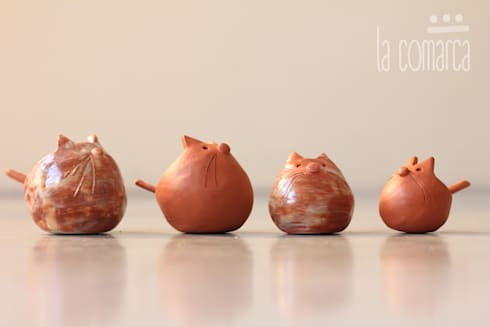 Ositos para llevar sal o mermelada a la mesa: Cocinas de estilo moderno por La comarca