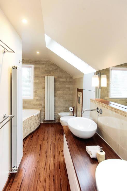 Bad im dachgeschoss von ks raumgestaltung homify - Raumgestaltung badezimmer ...