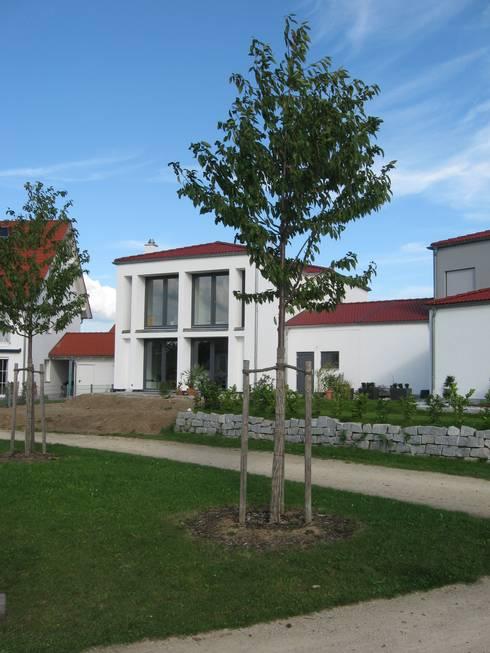 Casas de estilo ecléctico por Johannes Ruscheinsky Architekt