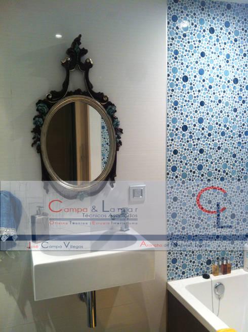 modern Bathroom by Campa & Lamar Técnicos Asociados S.L.