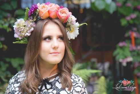 FIESTAS DE JARDÍN : Jardines de estilo rústico por LADIANE PERGA