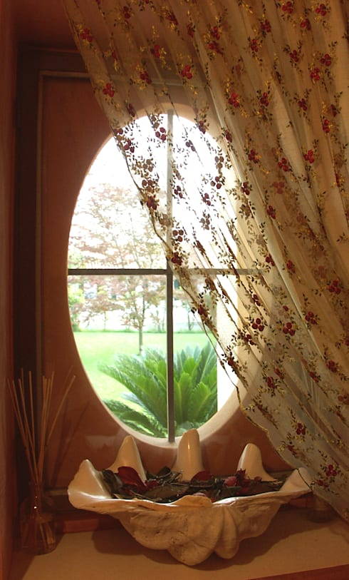 Puertas y ventanas de estilo  por Andrea Pacciani Architetto