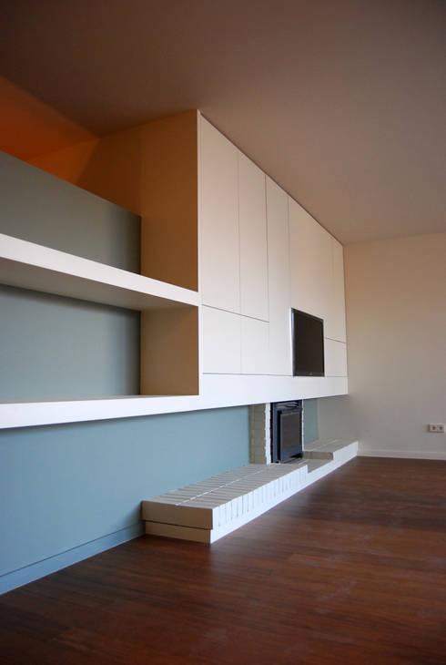 Living room by Teresa Pinto Ribeiro | Arquitectura |