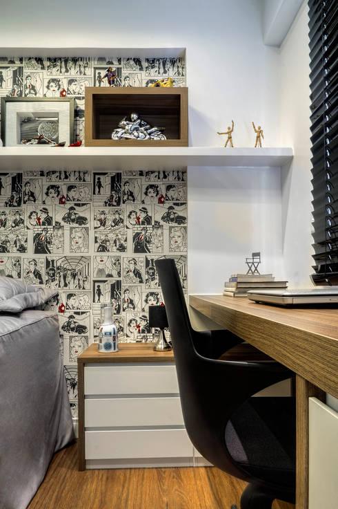 Apartemento am: Escritórios  por M2A - Arquitetura e Eventos Ltda