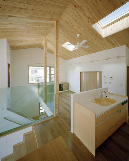 山本邸: 有限会社 空間計画研究所・佐藤万芳が手掛けた家です。