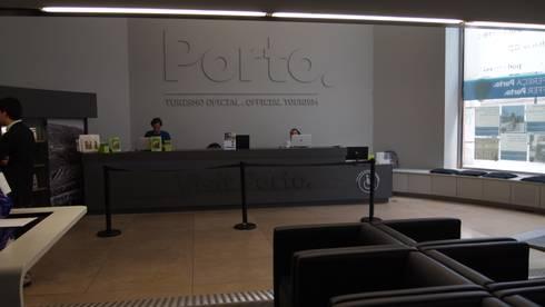 Posto de Turismo do Porto: Lojas e espaços comerciais  por Q'riaideias