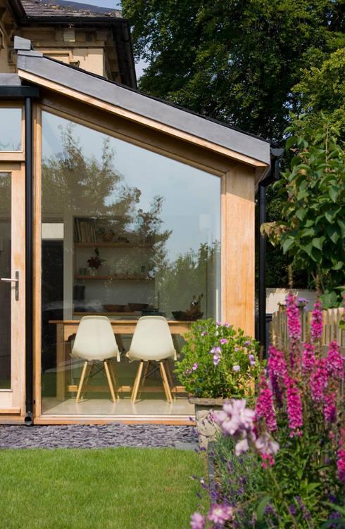 Church Lane: modern Houses by Designscape Architects Ltd