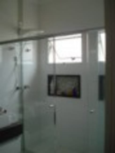 Banheiro Casal - nichos: Banheiros modernos por Rodrigues&Coutinho Projetos, Engenharia e Decoração