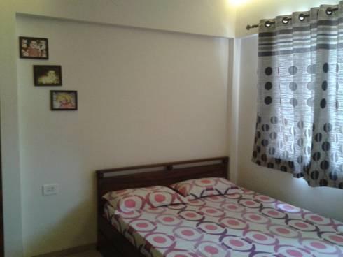 Guest Room: modern Bedroom by Global Associiates