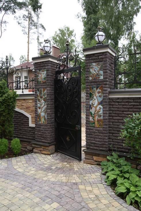 Jardines de estilo  por ООО 'Арт-керамика Владимира Ковалева'