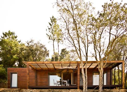 Projecto Bungalow Alcobaça: Casas rústicas por goodmood - soluções de habitações