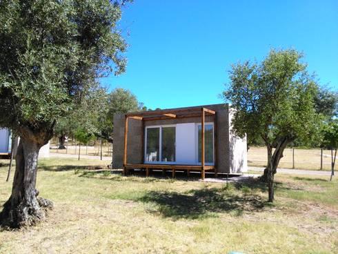 Projecto CM Alcanena: Casas rústicas por goodmood - soluções de habitações