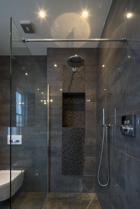 St. Mary Abbots: modern Bathroom by Coupdeville