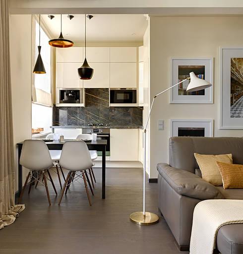 classic Living room by Olga Kulikovskaia-Ashby