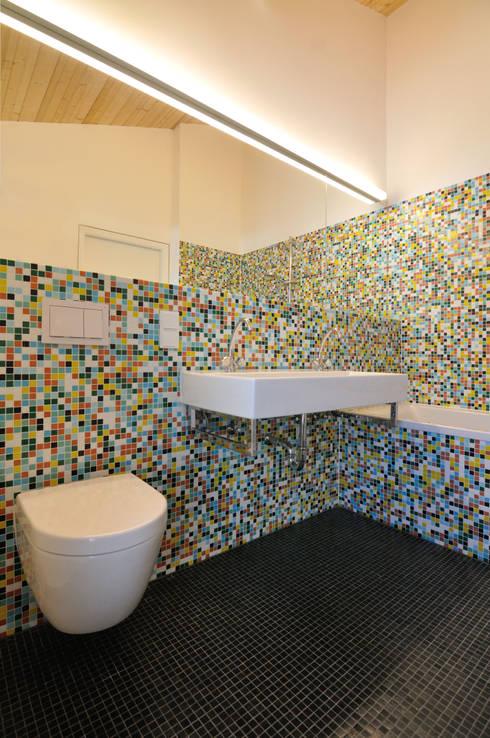NACHHER Mosaik Bad:   von mangold[architektur]