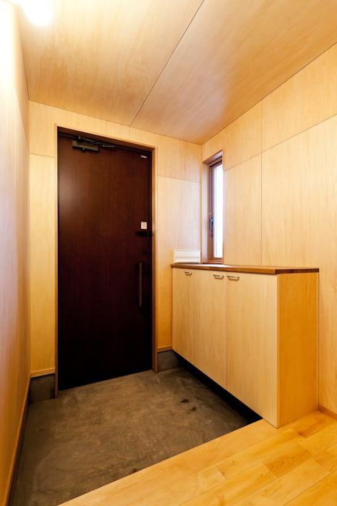 Koridor dan lorong by 株式会社山口工務店