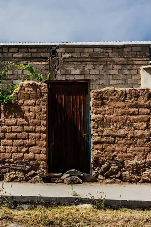 Fachadas de casitas con encanto: Casas de estilo rústico por Ver Diamante