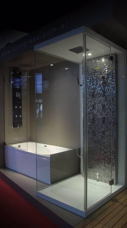 moderne Badkamer door AQUAGLASS