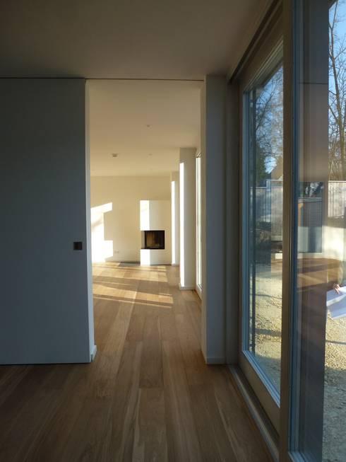 wohnhaus gr ne mitte regensburg von donhauser postweiler architekten homify. Black Bedroom Furniture Sets. Home Design Ideas