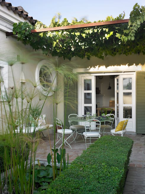 Giardino in stile  di Melian Randolph