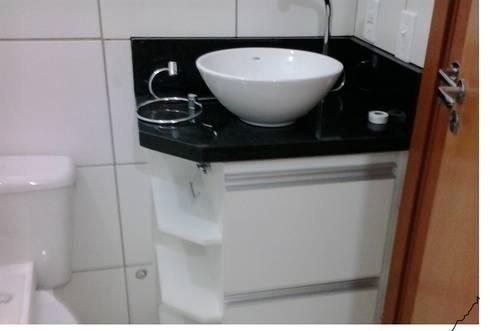 Closet Prestige: Banheiros modernos por Prestige Móveis Planejados