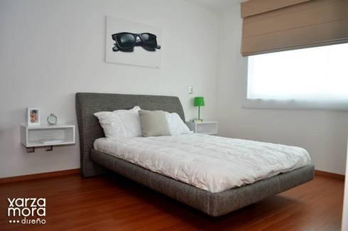 Casa muestra: Recámaras de estilo minimalista por Xarzamora Diseño