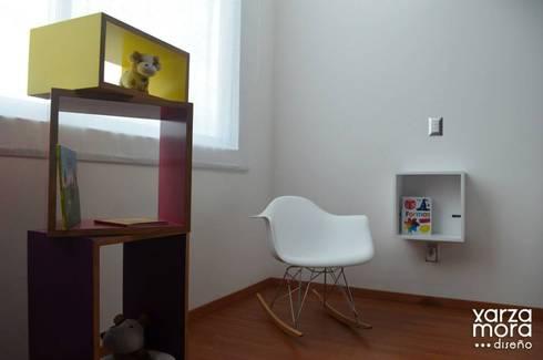 Casa muestra: Recámaras infantiles de estilo minimalista por Xarzamora Diseño