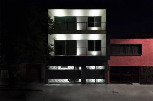 MC //221: Casas de estilo moderno por DOSA studio