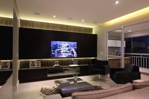 Apartamento Ânima Clube: Salas de estar ecléticas por ArchDuo Arquitetura