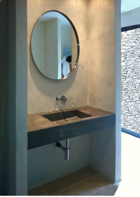 Lavatório: Casas de banho  por Germano de Castro Pinheiro, Lda
