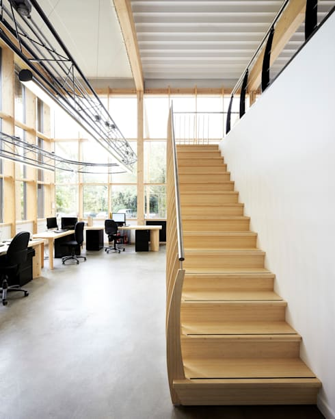 Corridor, hallway & stairs by EeStairs | Stairs and balustrades