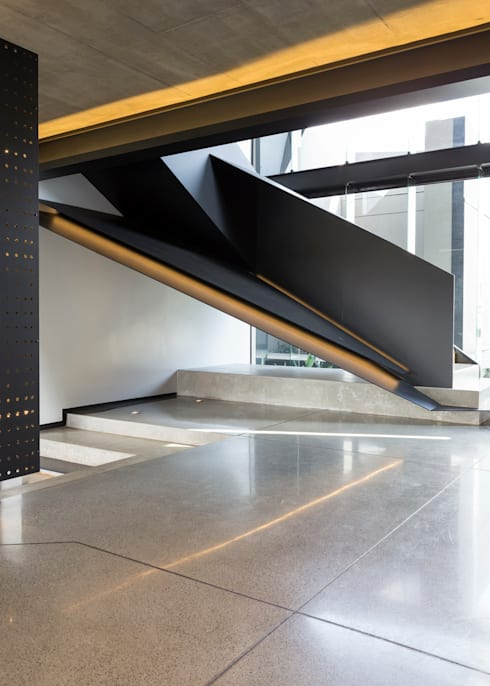 Corridor, hallway by Nico Van Der Meulen Architects