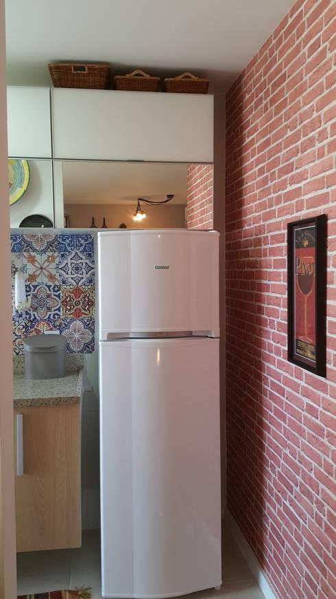 Cucina in stile in stile Moderno di Lucio Nocito Arquitetura e Design de Interiores