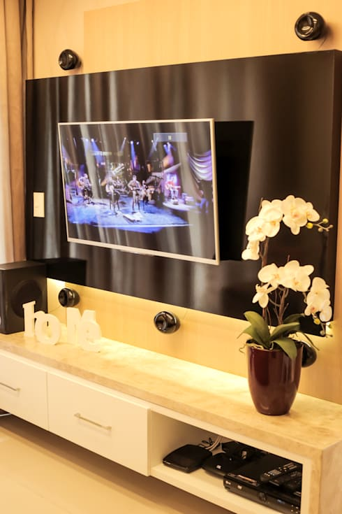 Projeto Sala: Sala de estar  por Amanda do Espírito Santo Design de Interiores