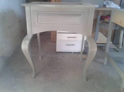 Carpintería HDH: Recámaras de estilo moderno por carpinteria hdh