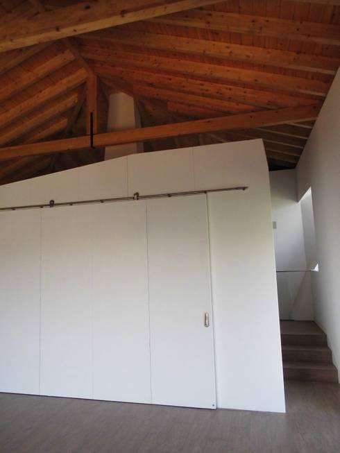 House in Castle Street | Vila Nova de Gaia | Portugal: Cozinhas  por Bastos & Cabral - Arquitectos, Lda. | 2B&C